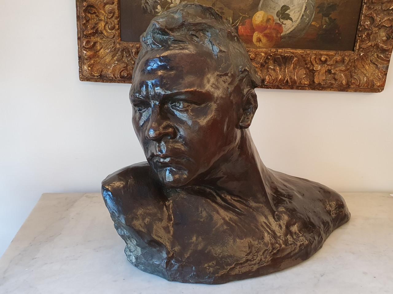 Busto di uomo con firma Radogna -Antichità Ioviero