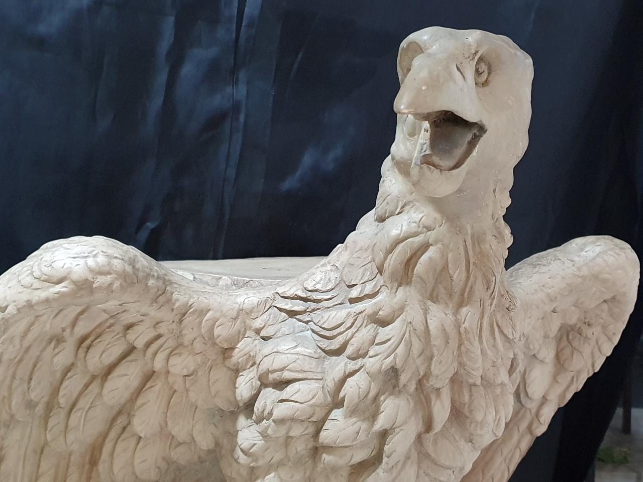 Scultura in terracotta di aquila - Antichità Ioviero
