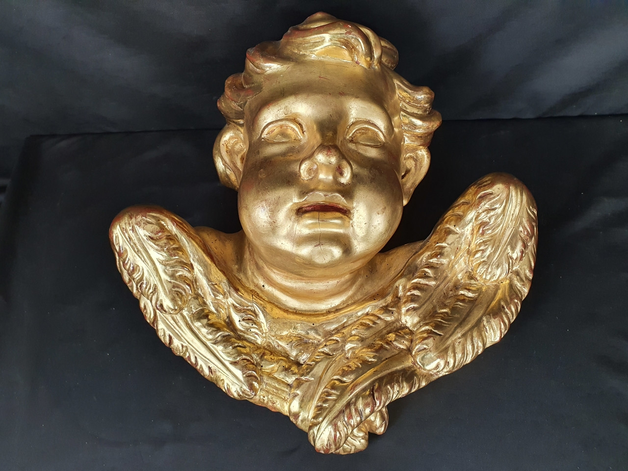Scultura di cherubino-dorato del 700 - Antichità Ioviero