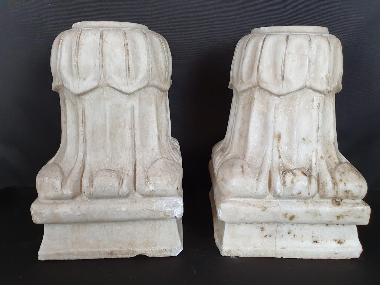 Coppia di capitelli - Antichità Ioviero
