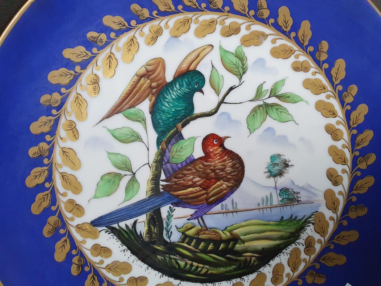 Quattro piatti decorati di Capodimonte -Antichità Ioviero